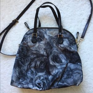 Valentino Garavani Rose Print Large Shoulder Bag